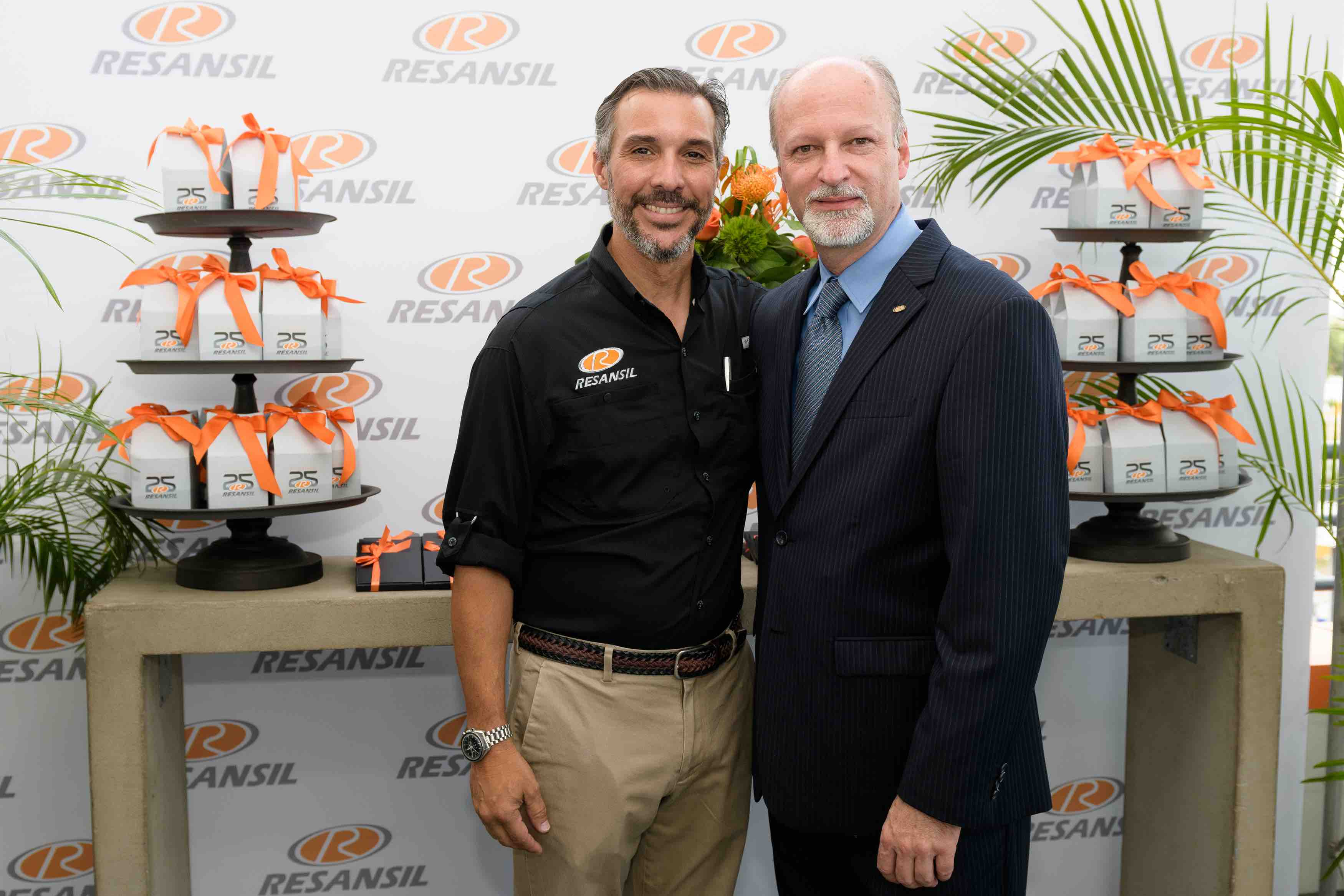 Jorge Abbott & Marco Celi (COO Resansil RD)