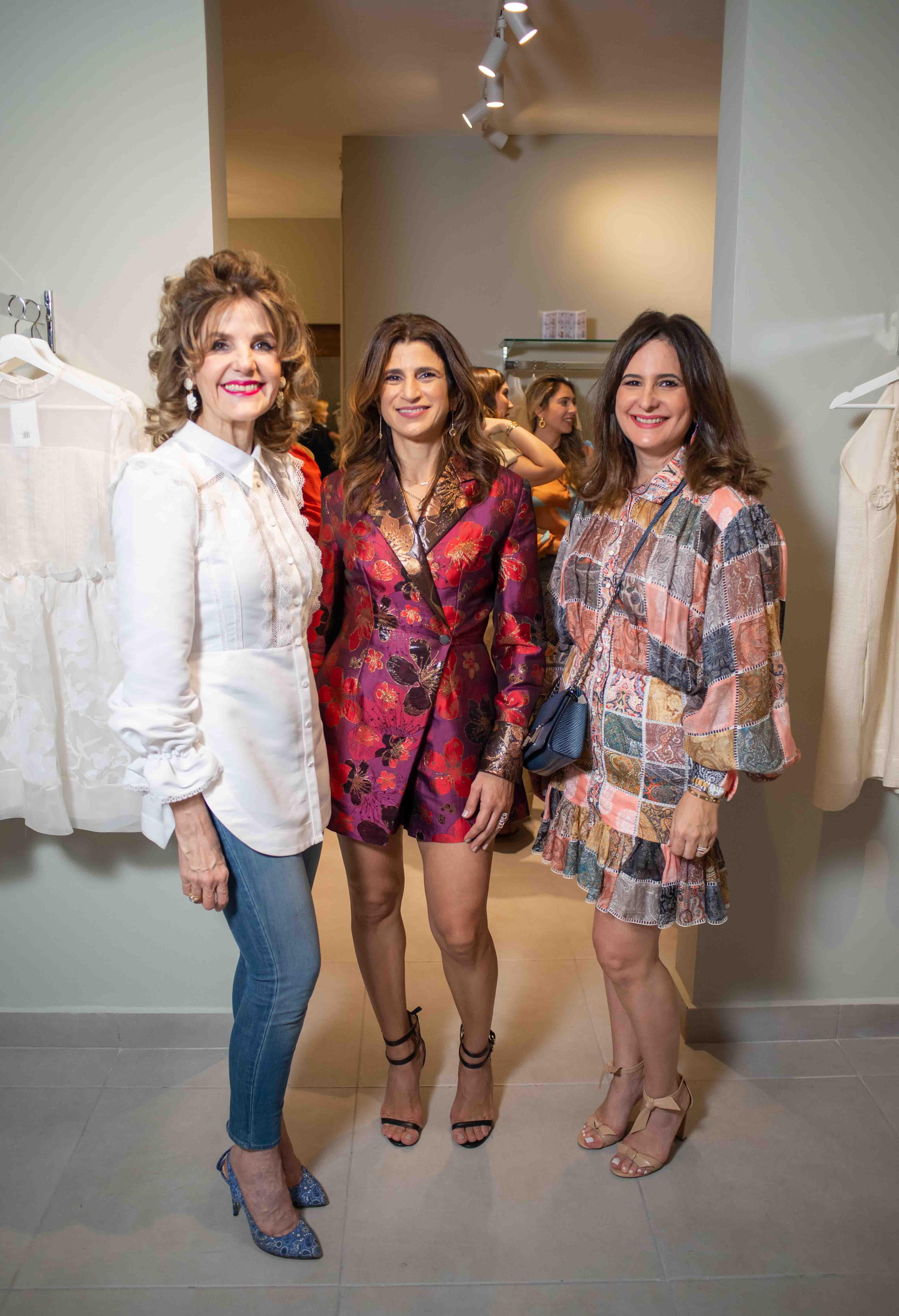 2.Carmen Vincen, Roxanna Rizek & Bethania Guerro