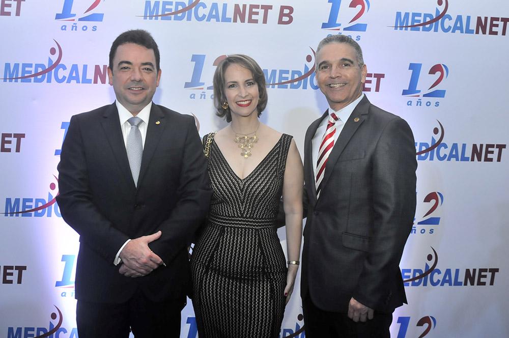 Andrés Mejía, Rosannna Rodríguez de González, Carlino González