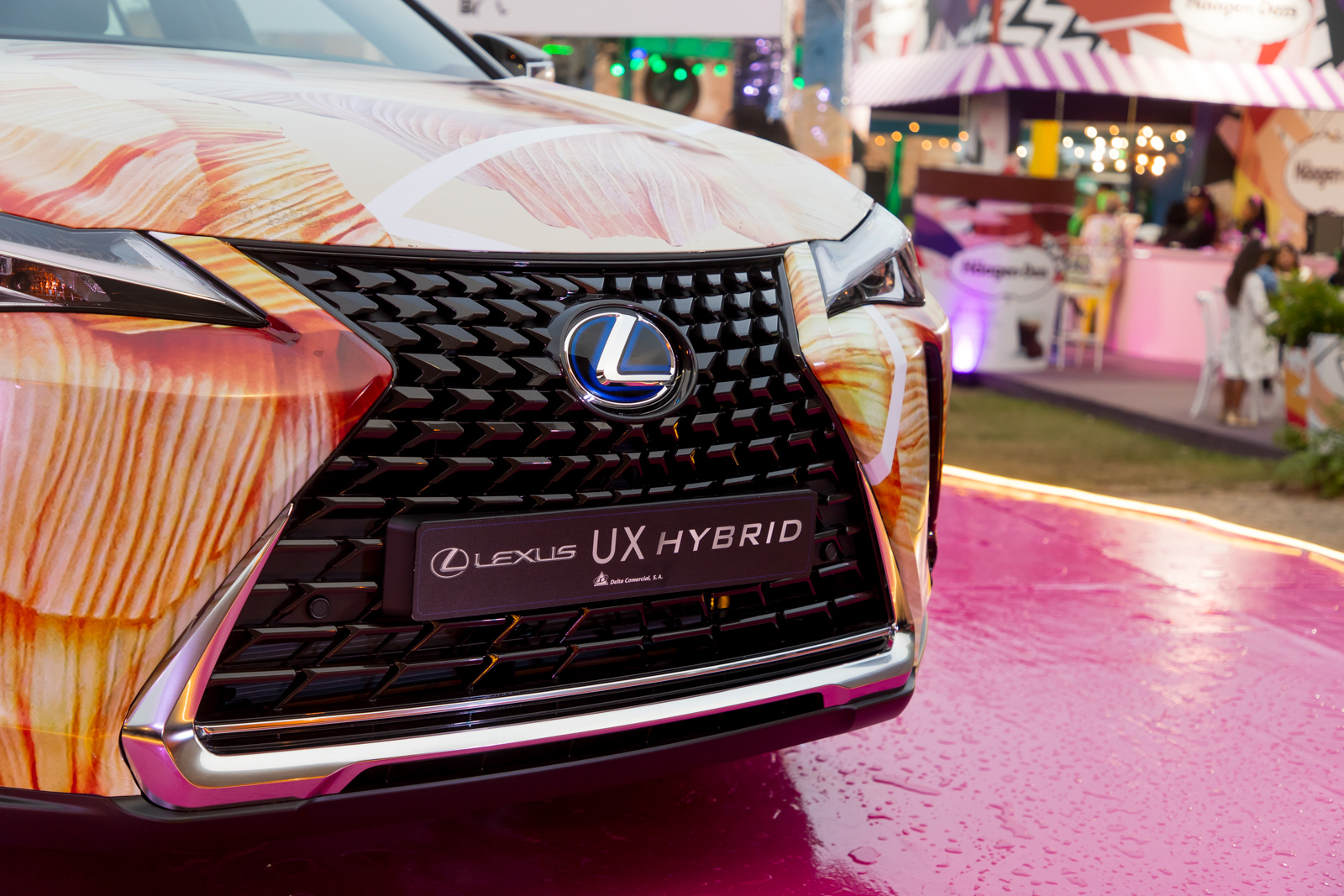Lexus UX Hybrid ..