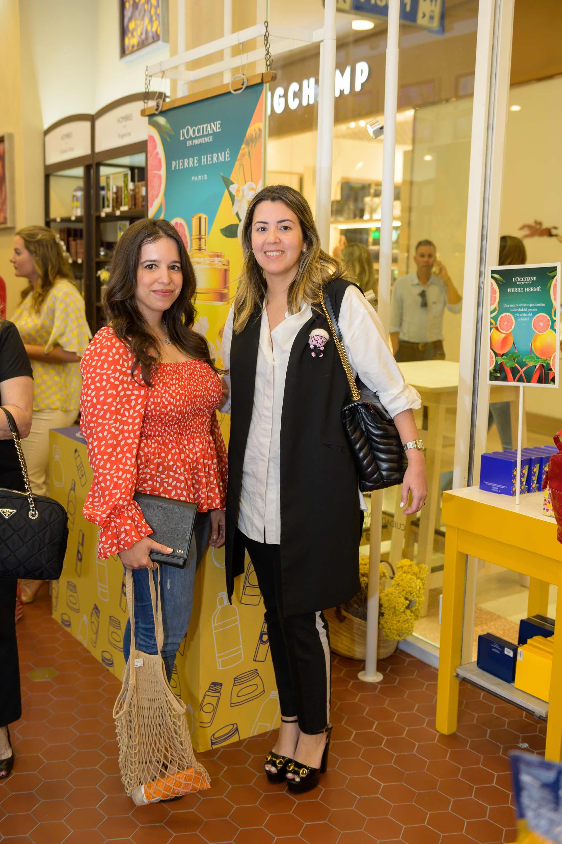 8. Diana Mella y Paola Santana