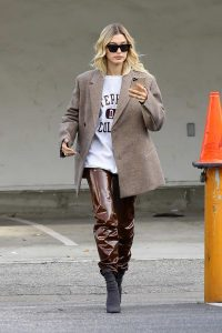 hailey-bieber-looks-super-chic-in-a-beige-blazer-and-brown-leather-pants-while-making-a-coffee-run-at-blue-bottle-coffee-in-beverly-hills-california-051219_11