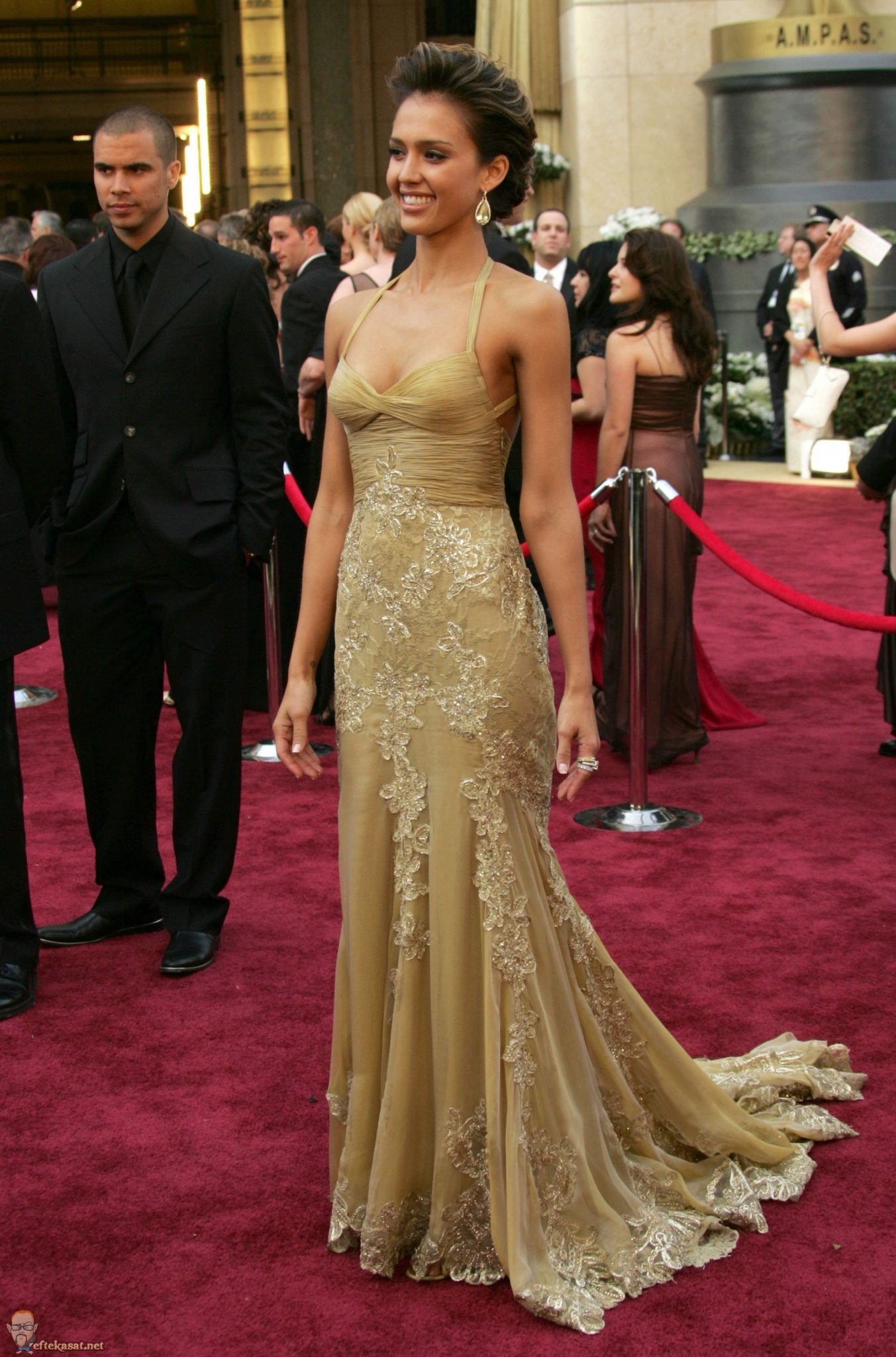 Jessica Alba vestida por Versace. 2006.