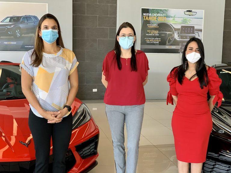 Foto 3, Paola Soto, Marielly Figueroa y Alejandra Santos.