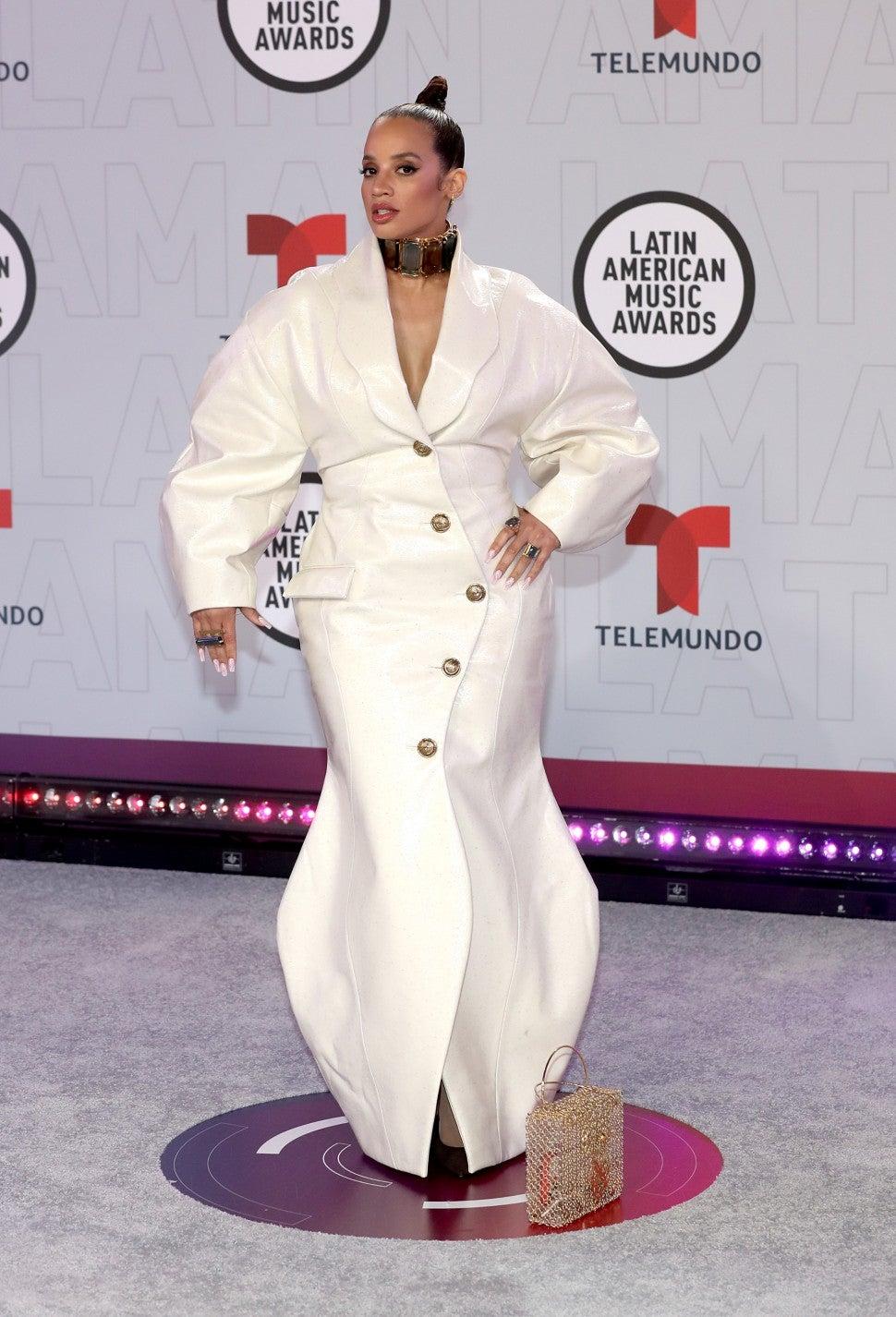 La actriz dominicana Dasha Polanco vistiendo de House of Jewell Couture