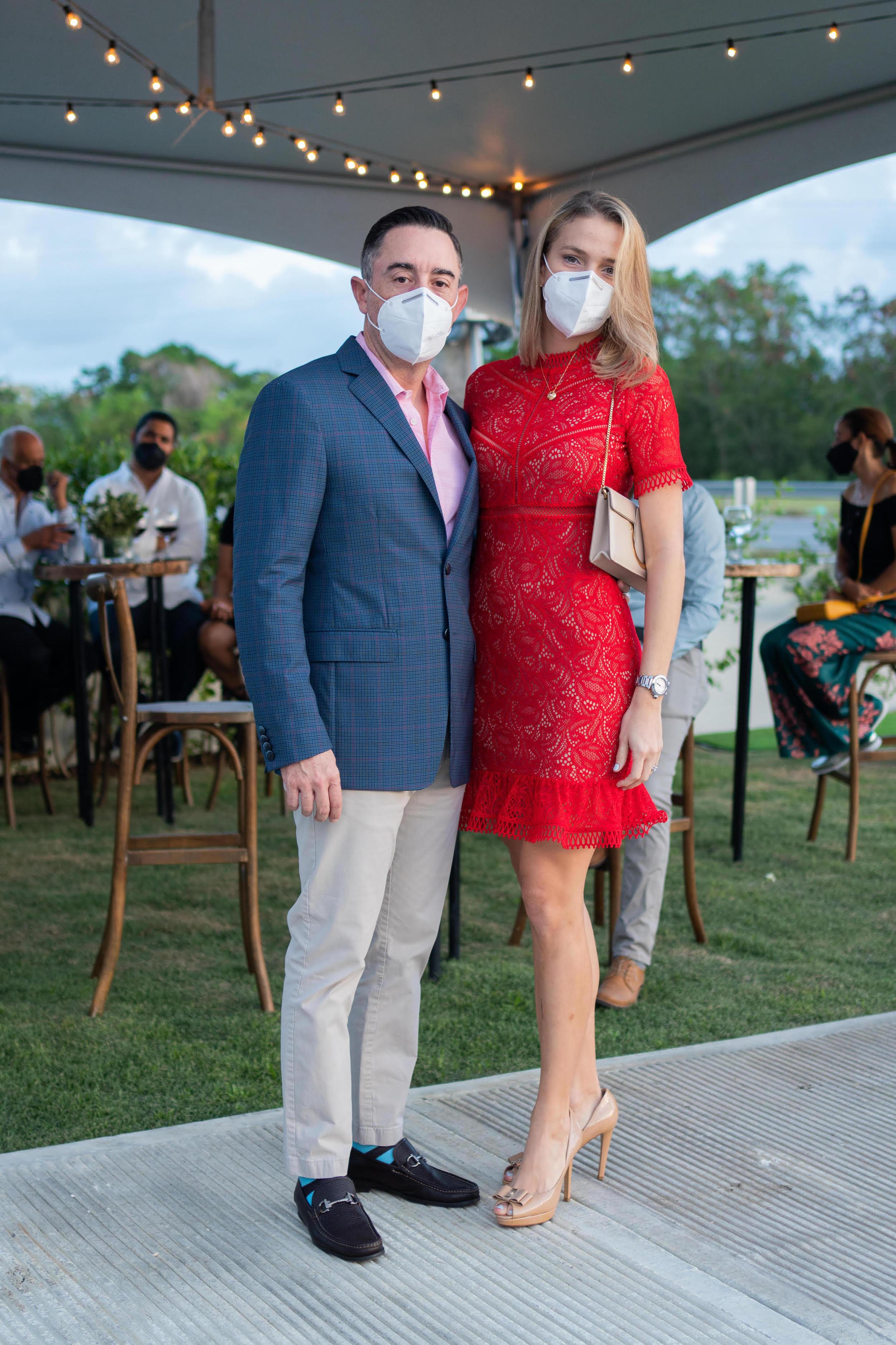 Nicole Pimentel y Miguel Pimentel