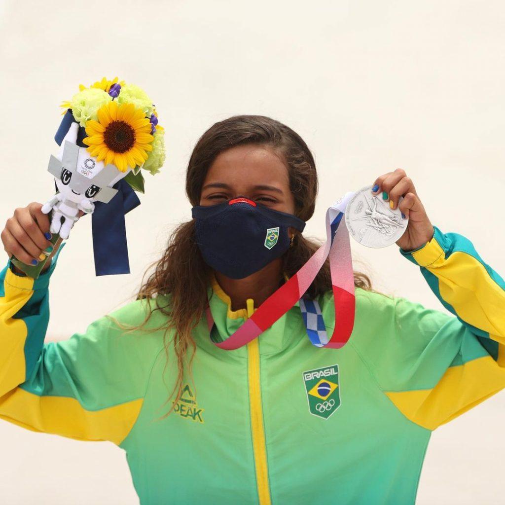 Rayssa Leal, la skater de 13 años que ha representado a Brasil, ganó la medalla de plata en la competencia. Foto cortesía Juegos Olímpicos