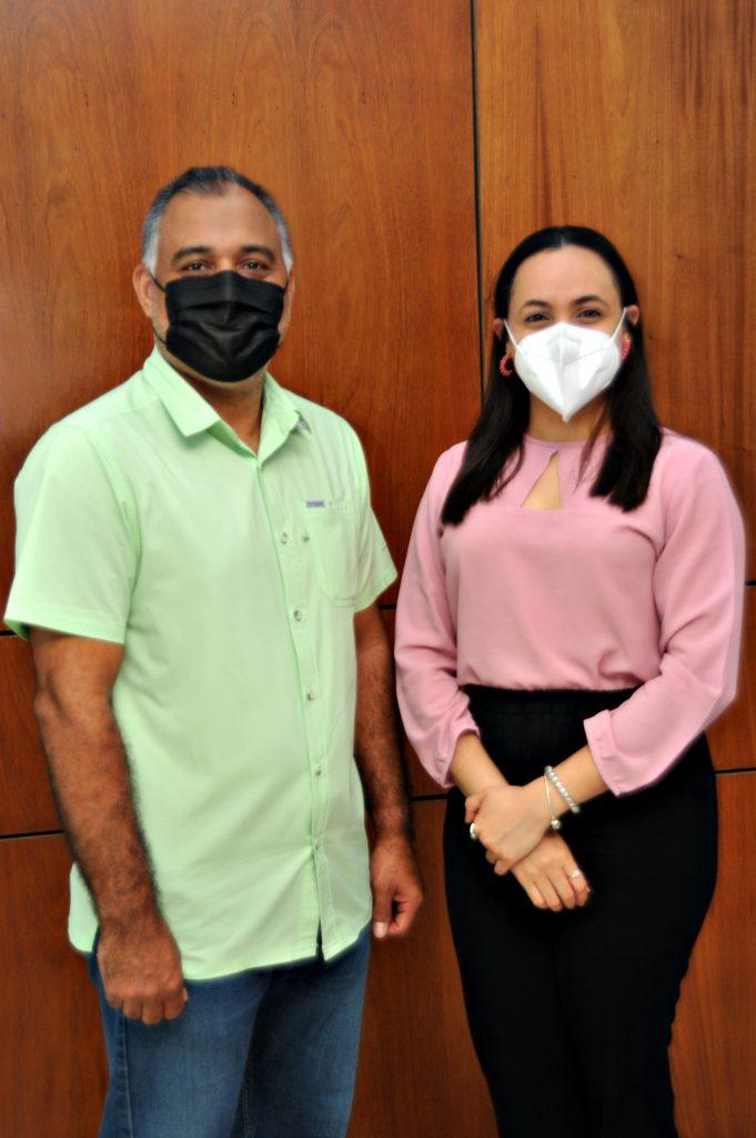 Hugo Peguero y Eliana Espinal