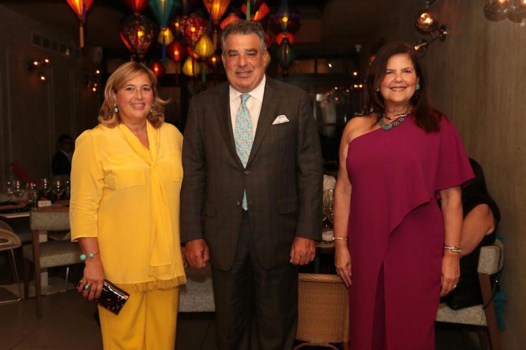 Wendy Pérez de Marchena, Enrique de Marchena y Sonia Villanueva de Brawer