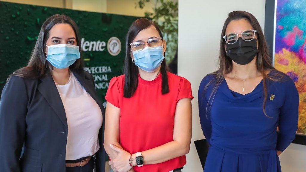 Eimy González, Marielly Figueroa y Paola Soto