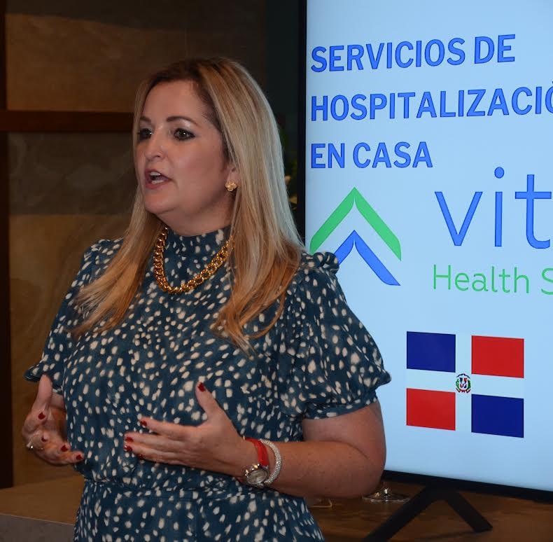 Pamela Álvarez, Gerente Comercial Vitae Dominicana