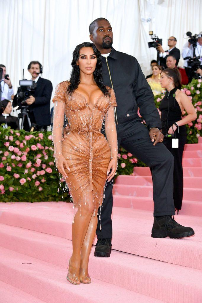Kim Kardashian en Thierry Mugler para la gala 2019 ¨Camp: Notes on Fashion¨