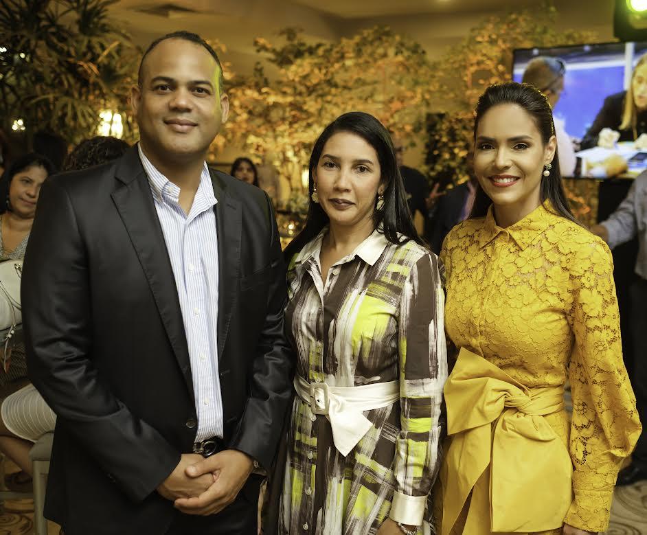 Víctor Marchena, Sabrina Cruz y Sadery Abreu